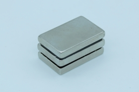 Магнит неодимовый 30x20x4,7 мм
