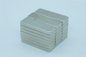 Магнит неодимовый 30x10x3,7 мм
