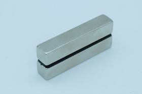 Магнит неодимовый 50x10x10 мм