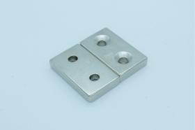 Магнит неодимовый 49х29x9,5 мм с двумя отверстиями 6 мм