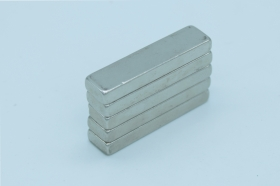 Магнит неодимовый 30x10x4,7 мм